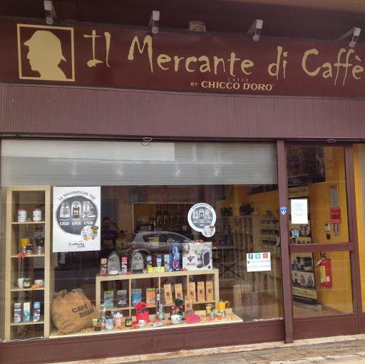Il mercante di caff apre un nuovo temporary store a for Il mercante arredamenti