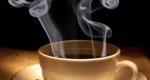 l'aforisma tazza di caffè fumante