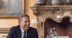Howard Schultz a Milano annuncia l'apertura