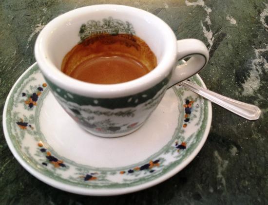 Caffè Meglio Del Bacio Di Buongiorno Un Rito Per 8 Italiani