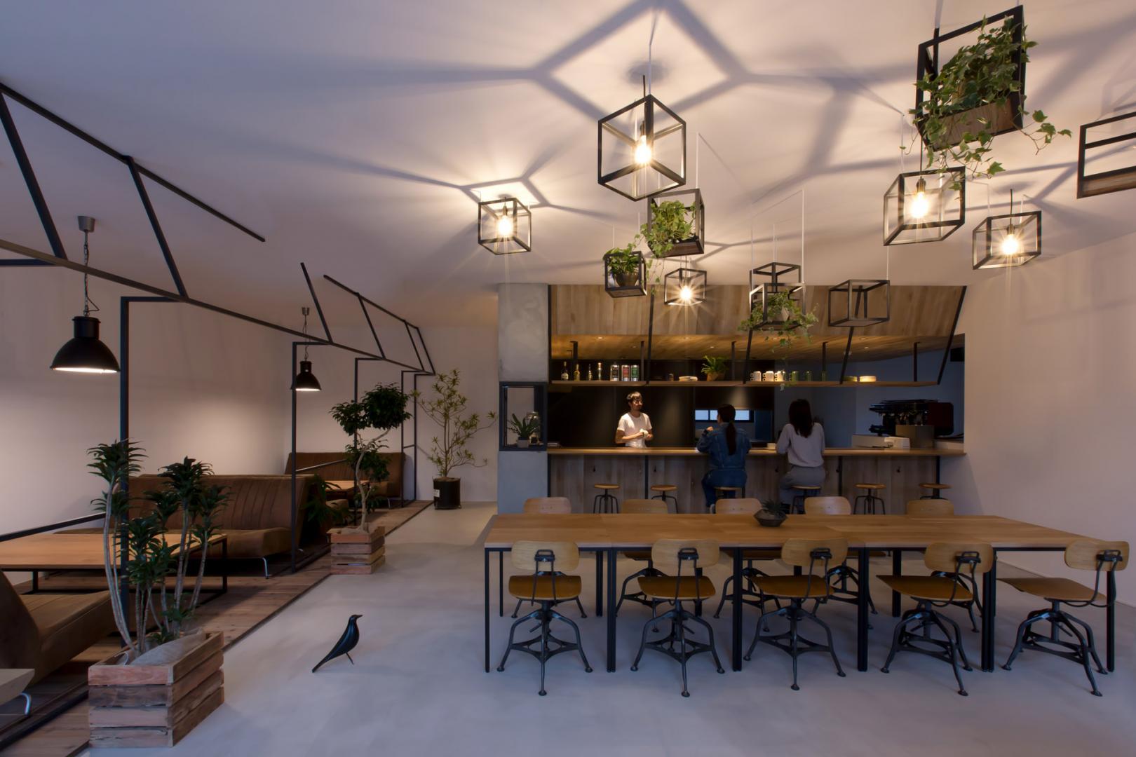 Caffetteria in giappone pareti in vetro per collegare for Design dello spazio esterno