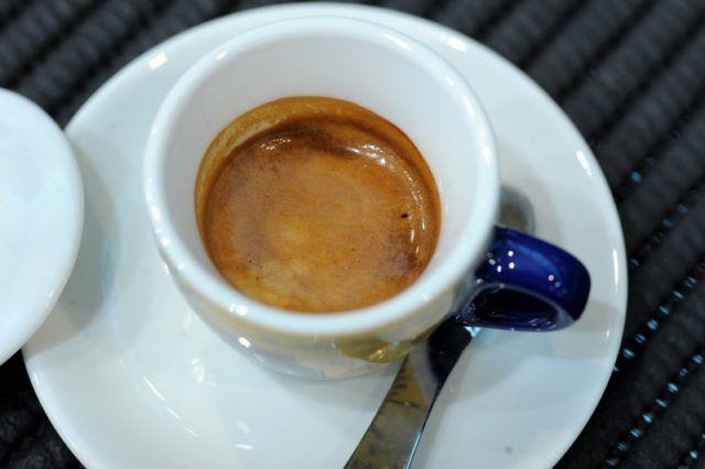 Espresso small cup espresso italiani Una tazzina di caffè espresso