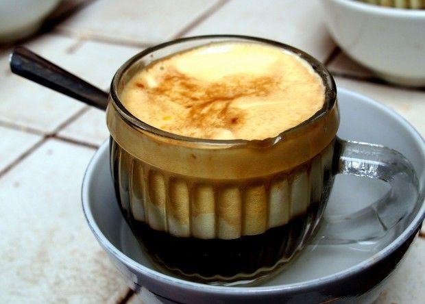 Risultati immagini per caffè all'uovo vietnam