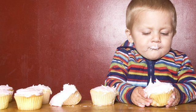 zucchero bambini Tra i bambini di età tra 2 e 9 anni l'apporto di zuccheri liberi eccede le raccomandazioni dell'Oms