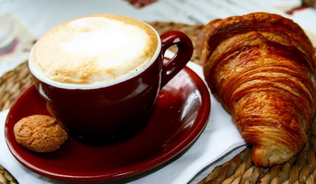 Prima Colazione Abitudine Per 9 Italiani Su 10 Caffe In Cima Alle Preferenze
