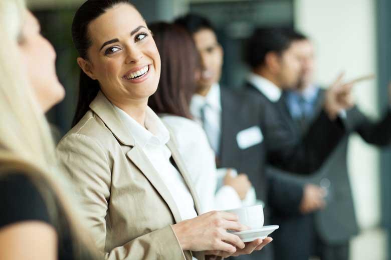 Ufficio Elegante Jobs : Dieci consigli di bon ton per un caffè elegante e fashion in ufficio