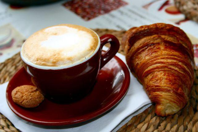 cappuccino colazione italiana