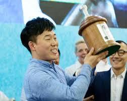 latte art Um Paul campione del mondo
