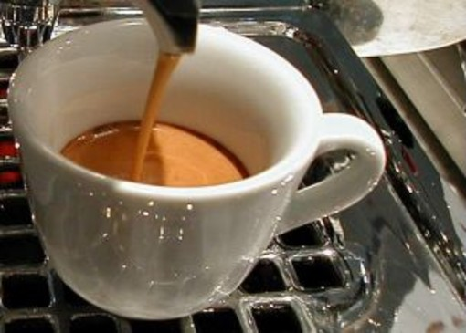 Tazzina Il prezzo della tazzina L'idea di una caffetteria di Maierato (Vibo Valentia)