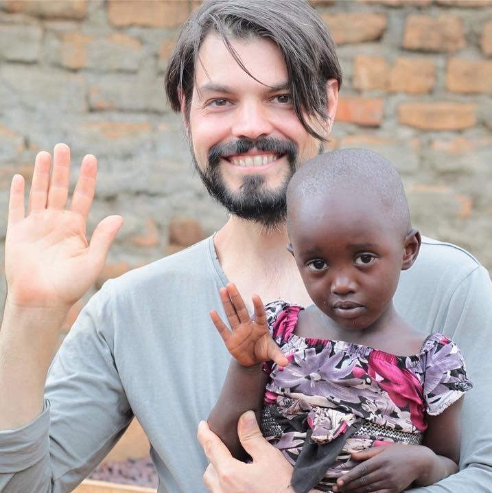 Rubens Gardelli in Uganda