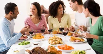 Ricerca nestl esplora il galateo e le abitudini degli italiani a tavola - Regole del galateo a tavola ...