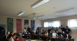 Gli studenti dell'Alberghiero all'interno della Universal caffè di Muscufo (Pescara)