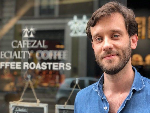 Cafezal Carlos Bitencourt cofondatore di Cafezal che si trova in Via Solferino 27 a Milano