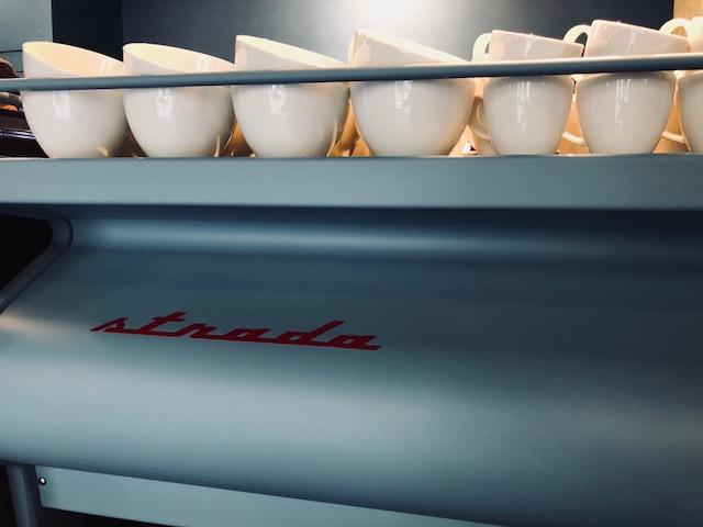 Cafezal Milano la Strada de la Marzocco