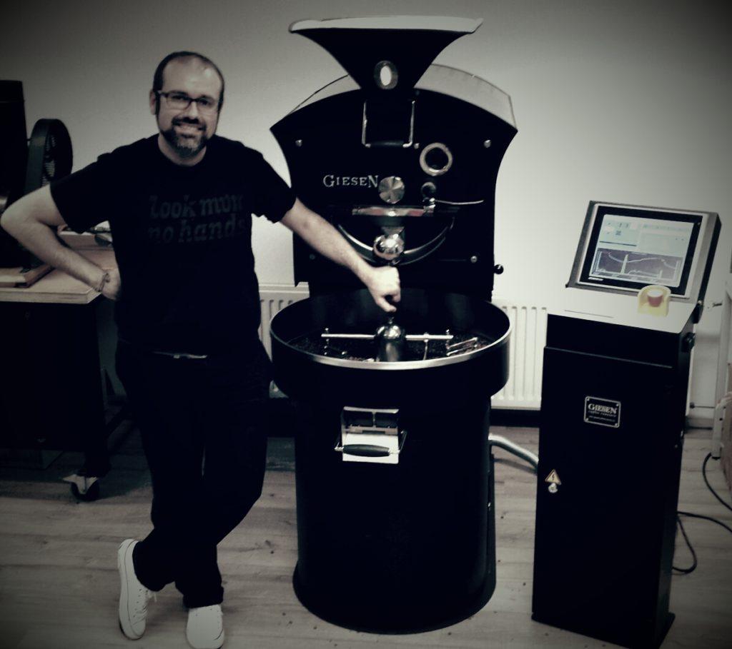 Paolo Scimone, maestro torrefattore di caffè speciali