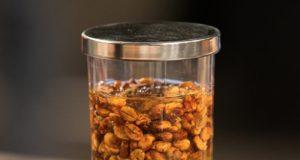 Caffè lavorato con processo Honey e posto a fermentare controllata nella mucillagine di altro caffè Credit foto WCE 2015