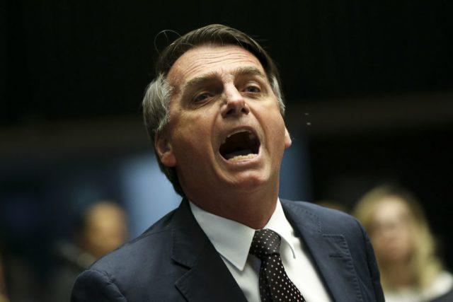 Il candidato del Partito social-liberale Jair Bolsonaro è il netto favorito del secondo turno delle presidenziali brasiliane