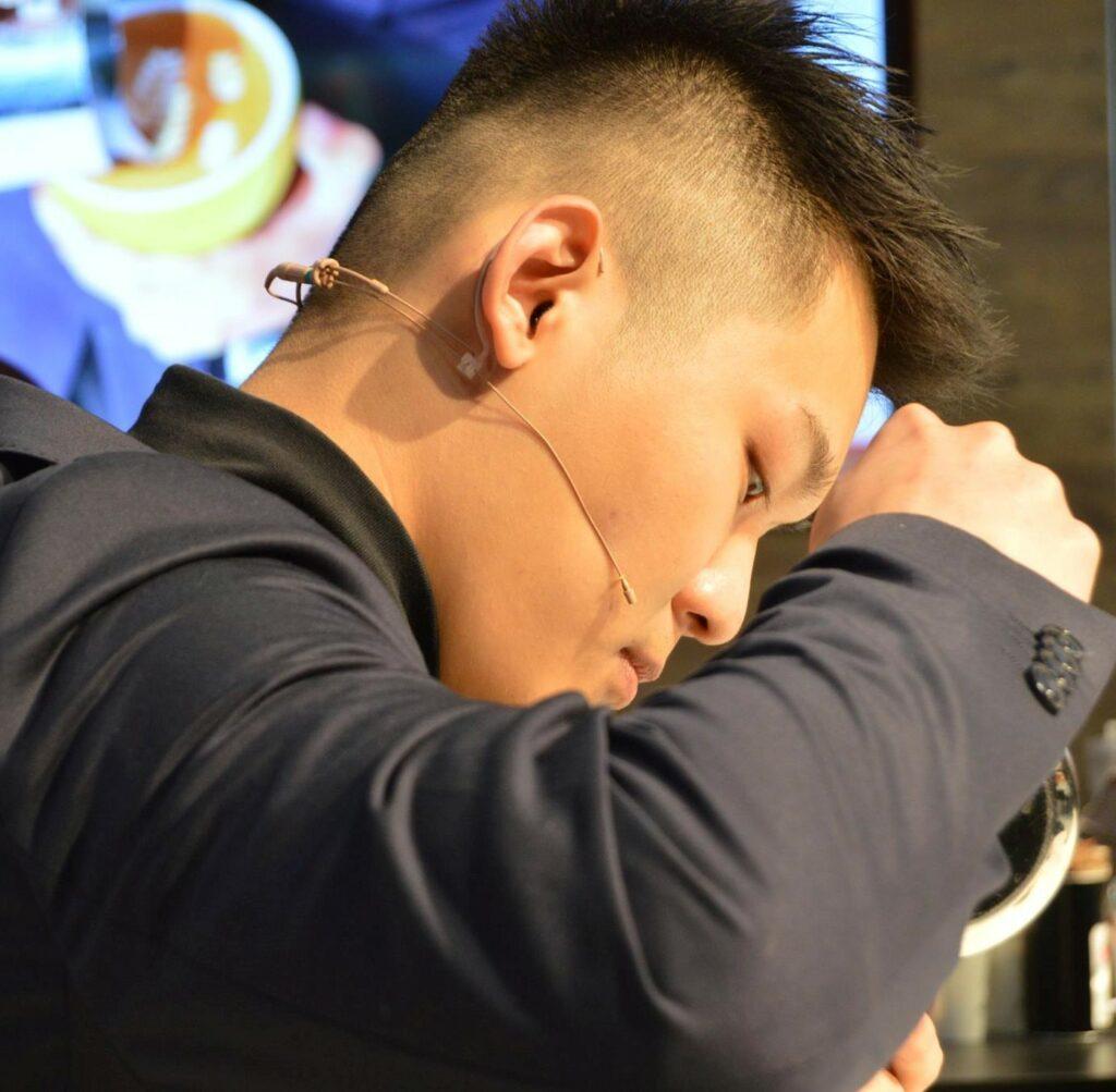 Il campione del mondo in carica Quek Siew Lhek