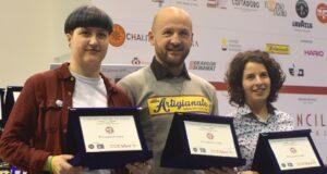 Il podio della gara di Cup tasting. Da sinistra: Valentina Montesi, Francesco Sanapo e Hèlena Oliviero