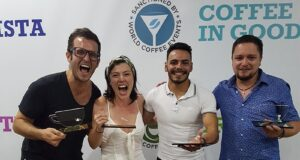 Export brasiliano I vincitori dei campionati brasiliani di caffetteria: Arthur Malaspina (Brewers), Martha Grill (Barista), Leonardo Correa Ribeiro (Latte Art) e Gabriel Guimarães (Good Spirits)