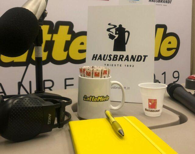La postazione di LatteMiele con il logo Hausbrandt