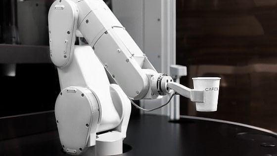 Cafe X robot caffè