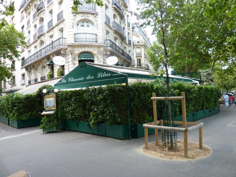 caffè storici L'esterno della Closerie des Lilas in Boulevard du Montparnasse a Parigi