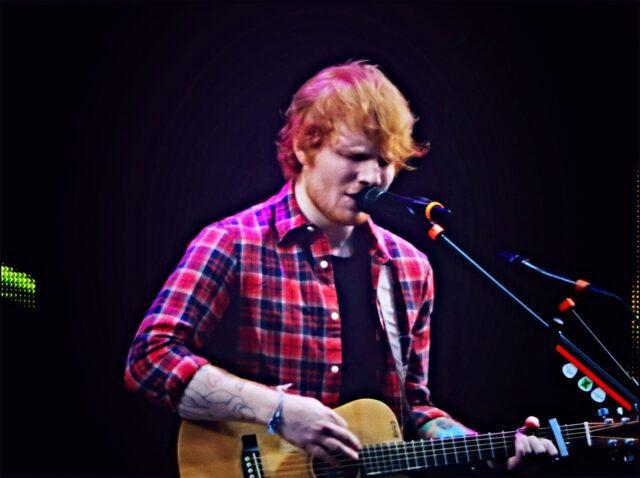 bar Sheeran Il cantante inglese Ed Sheeran