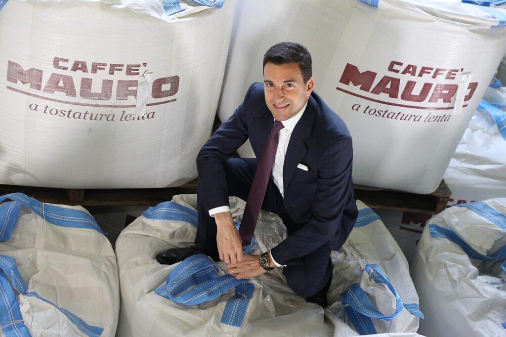 گردش مالی Caffè Mauro Fabrizio Capua ، رئیس و مدیر عامل Caffè Mauro