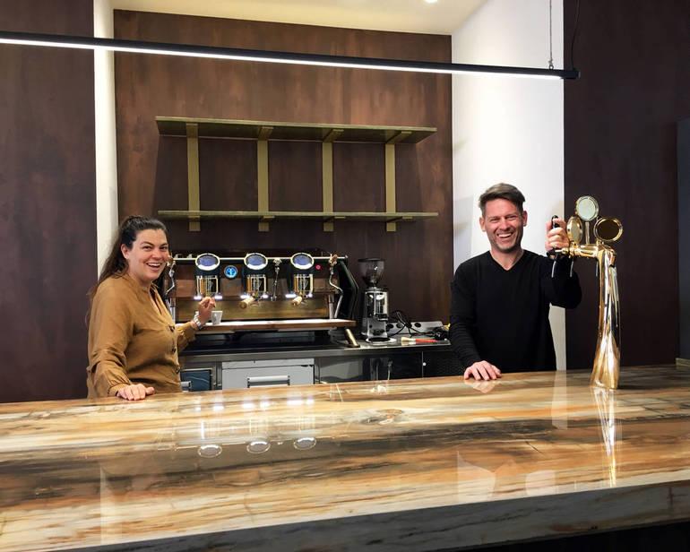 Bar Roma Cesena riapre Matteo Cieri e la moglie Sara Alessandri fanno rivivere a Cesena il bar Roma di piazza della Libertà