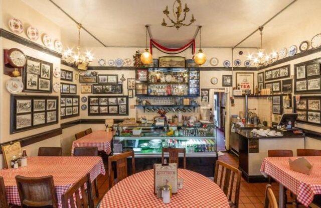 Terry's Café Gli inconfondibili interni del locale londinese
