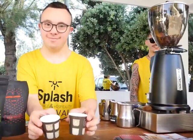 Handicamp Caffè espresso servito con le macchine messe a disposizione da Elektra