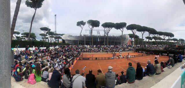 Internazionali bnl la spaziale Una fase del torneo su uno dei campi del Foro Italico