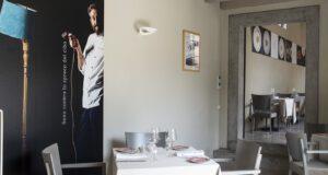 Imbuto Tomei Gli interni del nuovo ristorante, che sorge nel seicentesco Palazzo Pfanner a Lucca