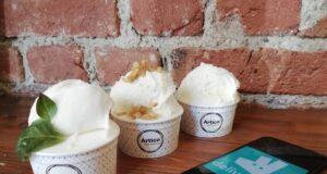 Deliveroo Sempre più italiano utilizzano le varie app per ordinare il gelato direttamente da casa
