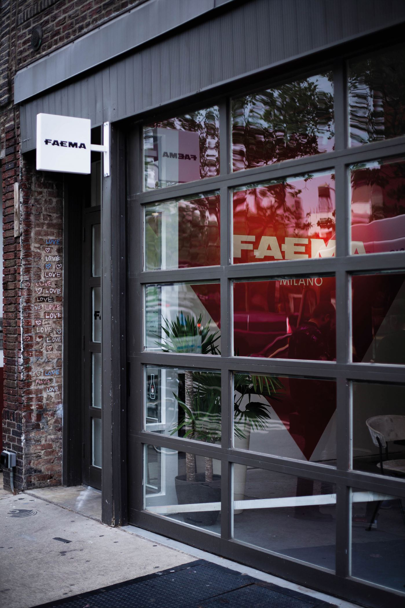Faema art & caffeine a New York l'ingresso