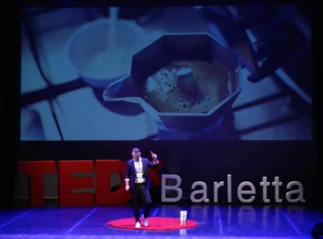 Tedx Barletta report Luca Carbonelli durante un suo intervento ai Tedx Talks