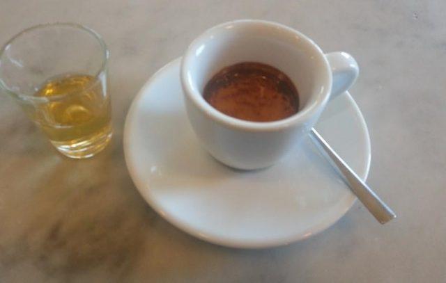 caffeina grappa e caffè