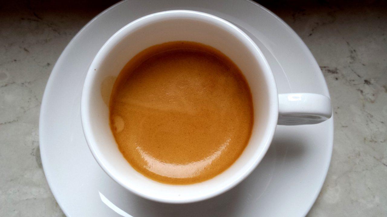bar espresso svegliarsi tassa covid invariato aumento dei prezzi iiac abuso caffè gusto espresso