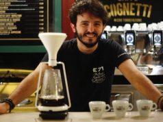 Davide Roveto, pronto a servire cappuccini gourmet