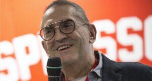 Flavio Urizzi al microfono