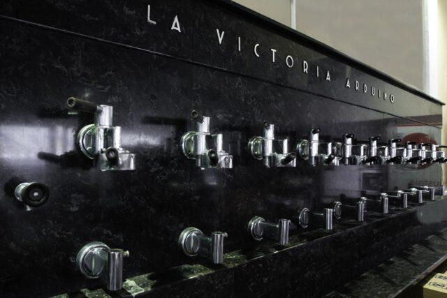 Simonelli Group quasi 100 anni fa fu installata allo Stadio di Firenze una Victoria Arduino a 24 gruppi erogatori