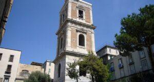 Il campanile della Basilica di Santa Chiara a Napoli