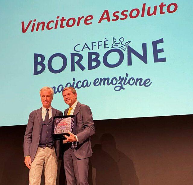 جایزه ای را برتر از d'impresa_massimo_renda_pesenti می کند