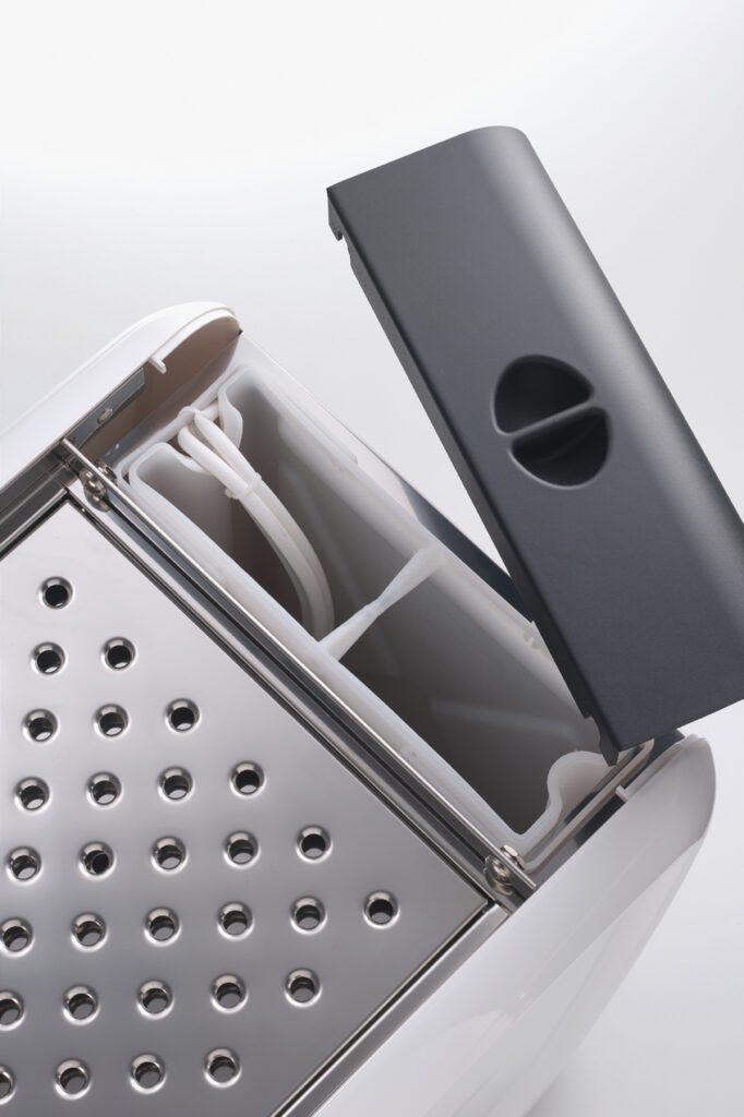 La San Marco 20/20 Plug&Play dettaglio del serbatoio da 5 litri
