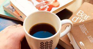 caffè americano tè o caffè