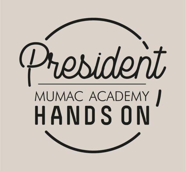 دست رئیس جمهور