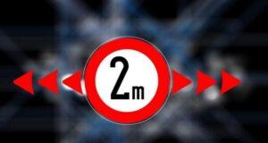 adesso la distanza minima è di 2 metri