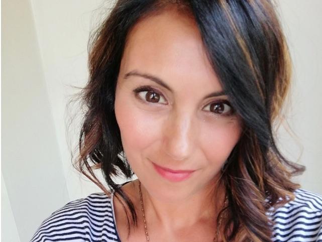 آنا واکاری ، مدیر تحقیق و توسعه ، مدیر بازاریابی و بازاریابی محصولات در Coind Sc
